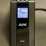 【mį】5K iMacと無停電装置(UPS)APC RS550電源バックアップBR550G-JPを繋ぐと・・・